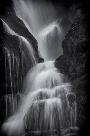 Eastatoe-Falls-20141204-0042-Edit.jpg